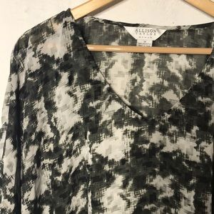 ALLISON TAYLOR LOOSE FLOWING BLOUSE 1X